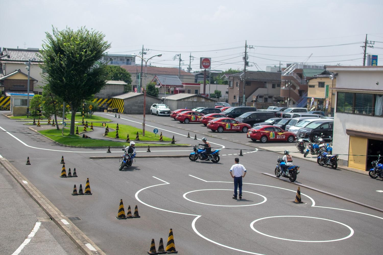 豊島園 学校 北 自動車
